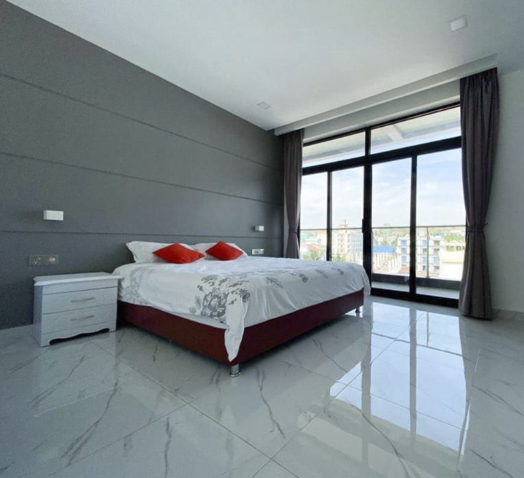 Pleasing Place Apartment. Dragon Real Estate