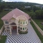 Villa with Private KTV room for Rent. Rooms for Rent in Sihanoukville Cambodia