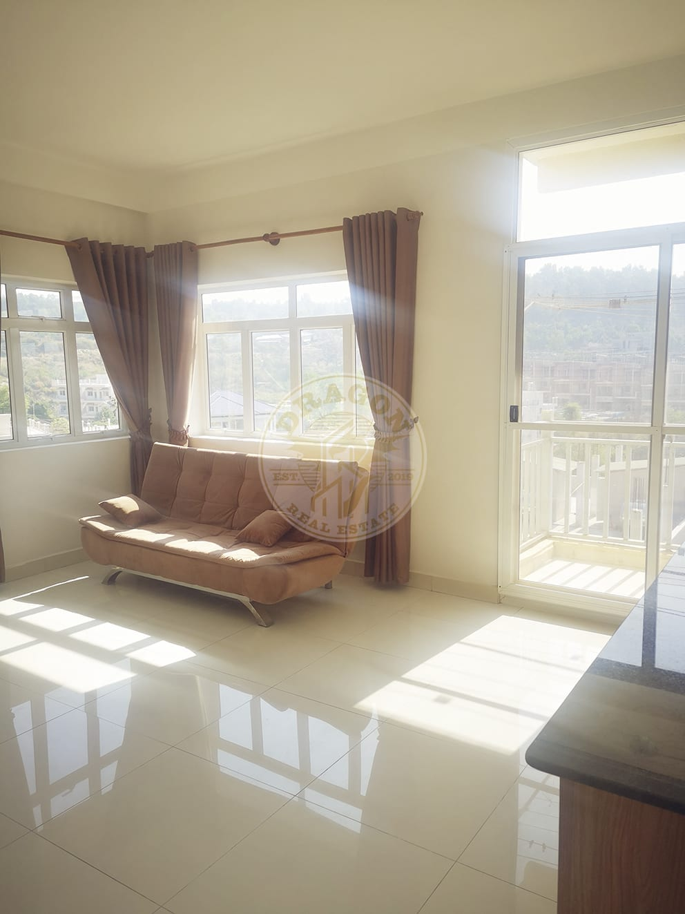 Apartment w/ Two balconies for Rent. Rooms for Rent in Sihanoukville Cambodia