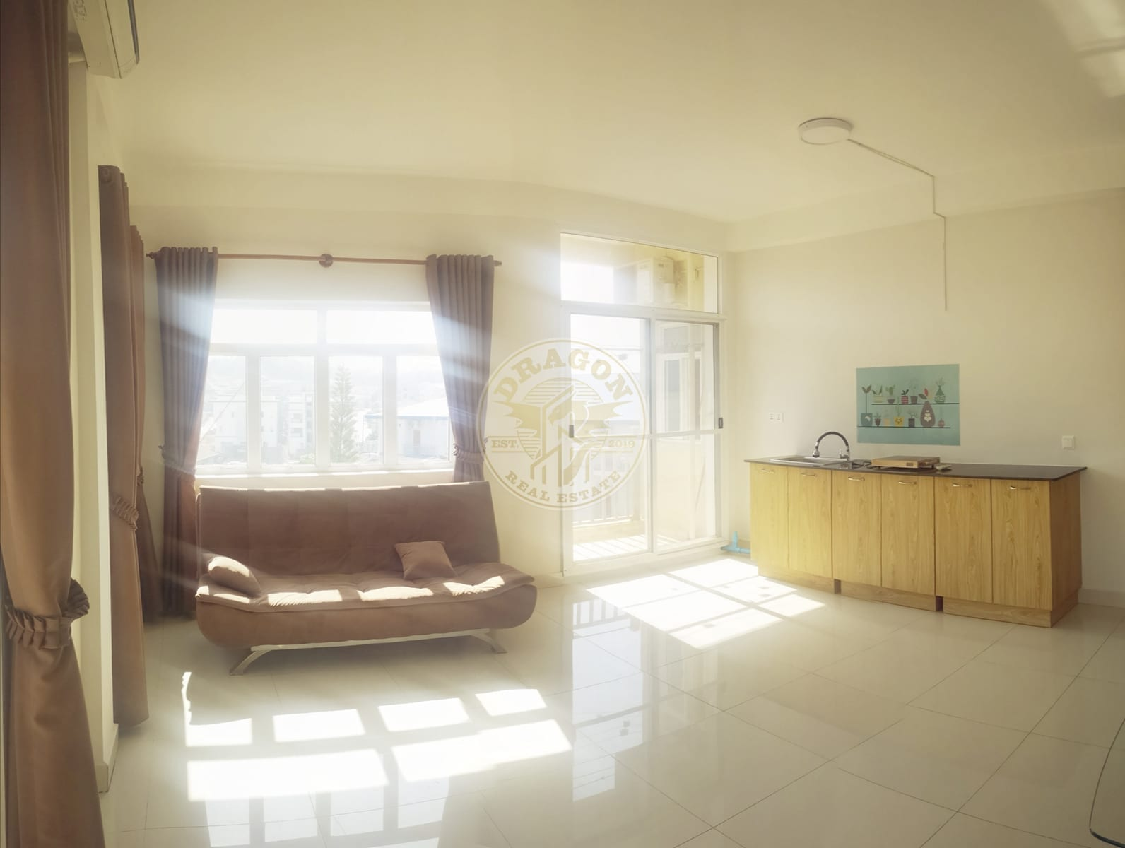 Apartment w/ Two balconies for Rent. Real Estate Sihanoukville