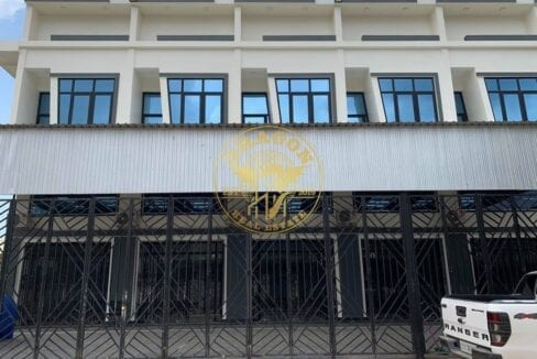 , 4 Separated House For Rent With Generator